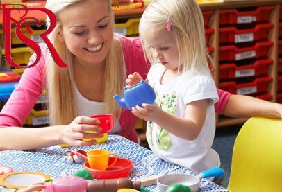 كيف أحصل على أفضل مربية اطفال؟ وما الخدمات التي تقوم بها؟