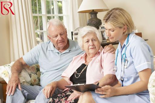 خدمة التمريض المنزلي