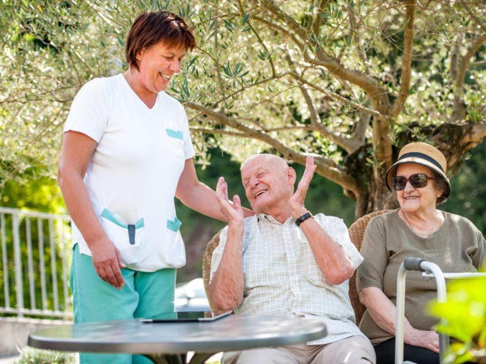 الرعاية الصحية للمسن في المنزل