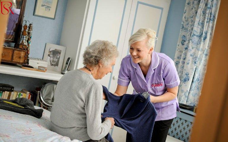 دور التمريض المنزلى في إبقاء كبار السن في حالة نشاط